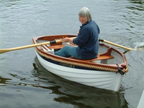 Dovetail rowing boat small boats for sale rowing for Fishing row boats