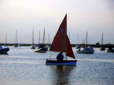 Heyland Dovetail Sailing Boat4