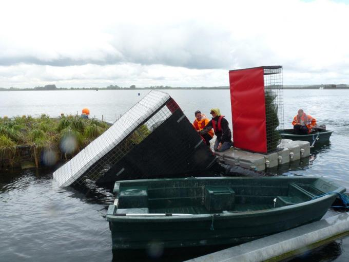 Heyland Sturdy Maintenance Boat12