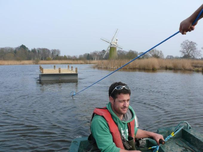 Heyland Sturdy Maintenance Boat16