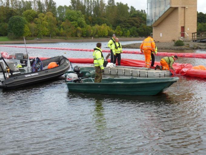 Heyland Sturdy Maintenance Boat21