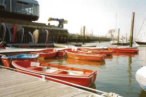 Heyland Swan Hire Boats3