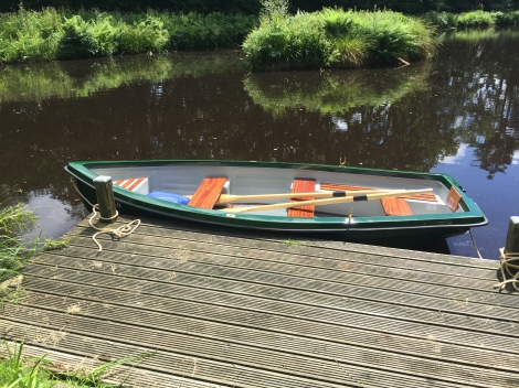 Heyland Trout Lake Boat18
