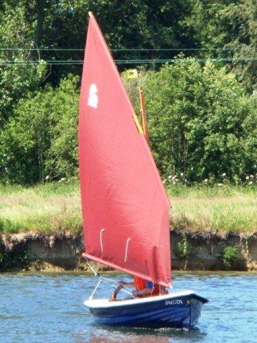 Heyland Lugger Sailing Boat1