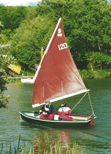 Heyland Lugger Sailing Boat6
